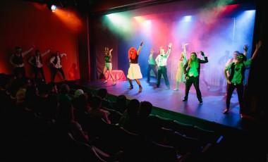 teatro-e-tv-adultos-11